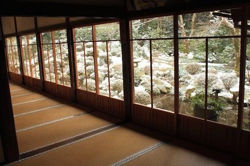 和室からの雪景色